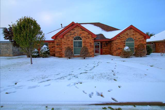 2918 Crestway Dr, Perryton, TX 79070 (#20-6806) :: RE/MAX Town and Country