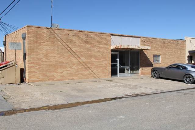 15 5th Ave, Perryton, TX 79070 (#20-7117) :: Live Simply Real Estate Group