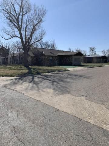 2411 1ST Ave, Amarillo, TX 79106 (#21-1793) :: Lyons Realty