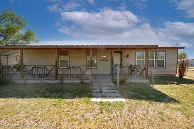 229 Davis Ave, Stinnett, TX 79083 (#21-2578) :: Lyons Realty