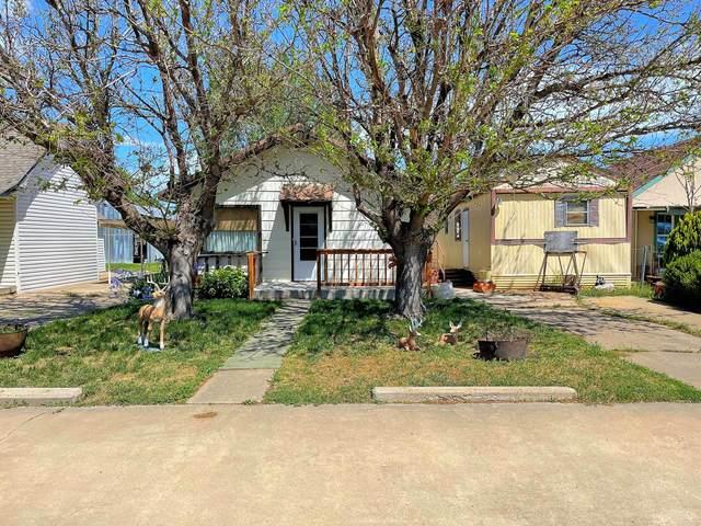 313 Austin, Booker, TX 79005 (#21-2708) :: Lyons Realty
