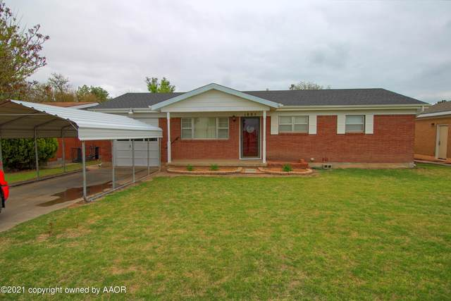 1805 Grinnell St, Perryton, TX 79070 (#21-2772) :: Lyons Realty