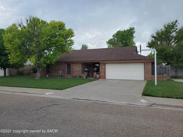 2702 Grinnell Dr, Perryton, TX 79070 (#21-2971) :: Lyons Realty