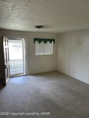 1112 Carpenter St, Borger, TX 79007 (#21-3838) :: Meraki Real Estate Group