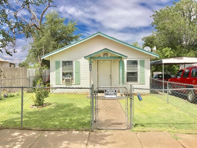 2104 1st Ave, Amarillo, TX 79106 (#17-108690) :: Edge Realty