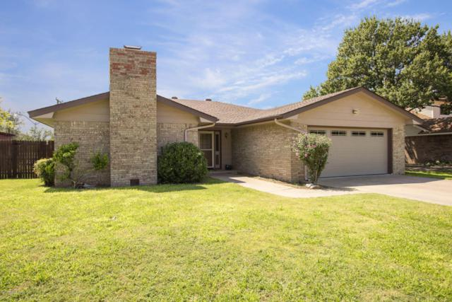 1704 Brookhaven Dr, Canyon, TX 79015 (#17-108877) :: Elite Real Estate Group