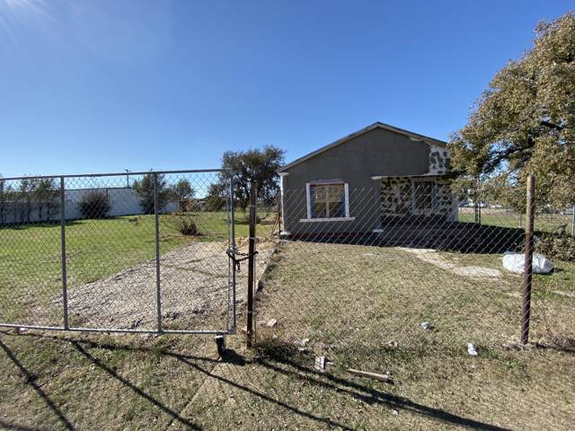 909 N Madison St N, Amarillo, TX 79107 (#18-117064) :: Live Simply Real Estate Group