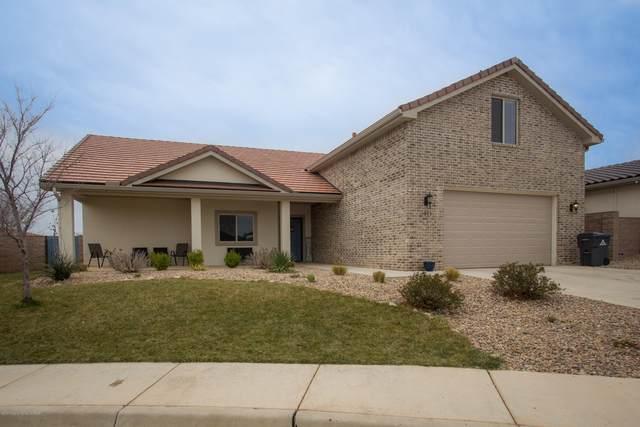 1005 Zinfandel Ave, Amarillo, TX 79124 (#20-1934) :: Lyons Realty