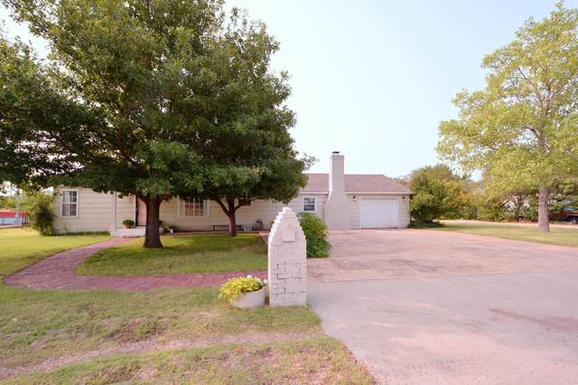 1101 Everest St, Borger, TX 79007 (#20-5683) :: Live Simply Real Estate Group