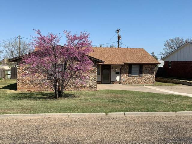 203 Concord St, Borger, TX 79007 (#21-1666) :: RE/MAX Town and Country