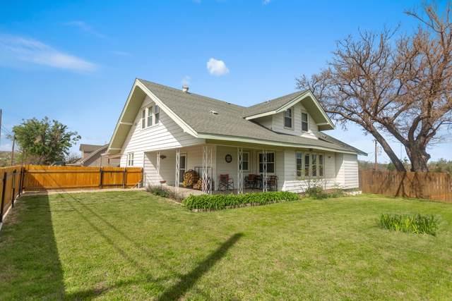 302 Wichita St., Miami, TX 79059 (#21-2339) :: Elite Real Estate Group