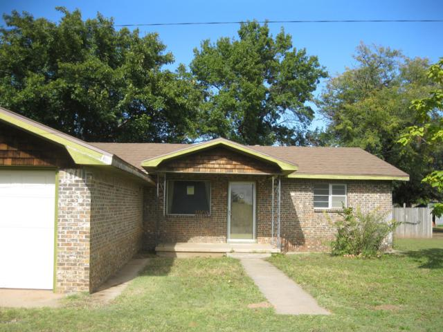 1901 Grundy, Memphis, TX 79245 (#18-118913) :: Edge Realty