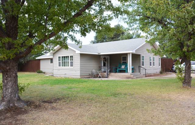 700 Grant, Dimmitt, TX 79027 (#19-6768) :: Live Simply Real Estate Group