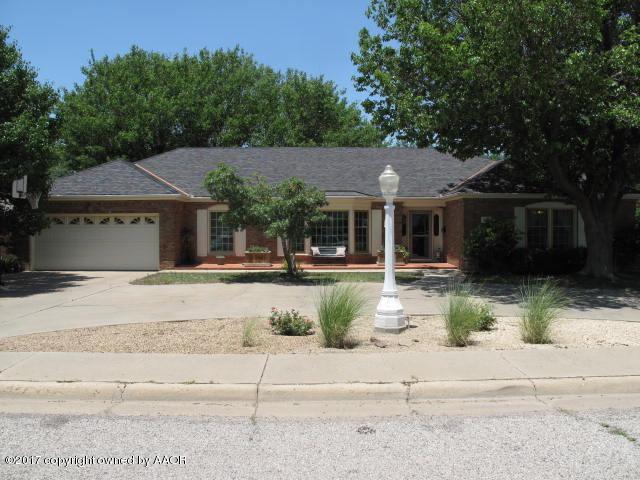 6204 Gainsborough Rd, Amarillo, TX 79106 (#17-107011) :: Keller Williams Realty