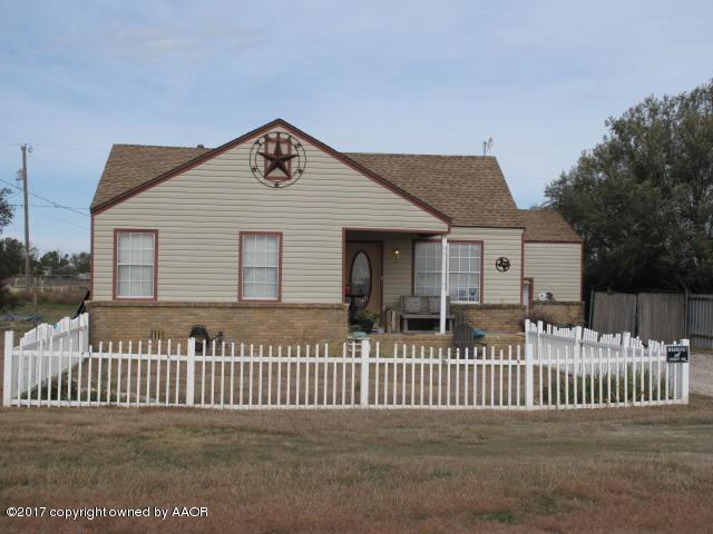 104 Valencia Dr, Amarillo, TX 79118 (#17-110341) :: Gillispie Land Group