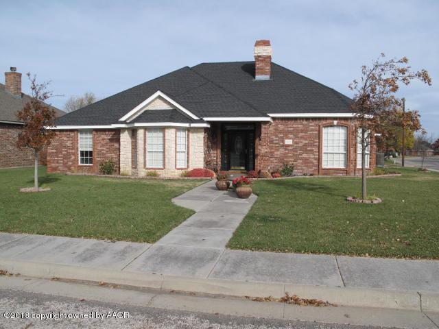 5833 Nicholas Cir, Amarillo, TX 79109 (#18-111463) :: Keller Williams Realty
