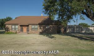 108 Cherry St, Claude, TX 79019 (#18-112614) :: Elite Real Estate Group
