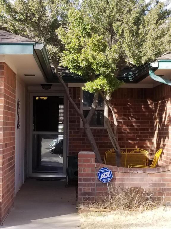 6704 Brookview Way, Amarillo, TX 79124 (#18-113068) :: Edge Realty