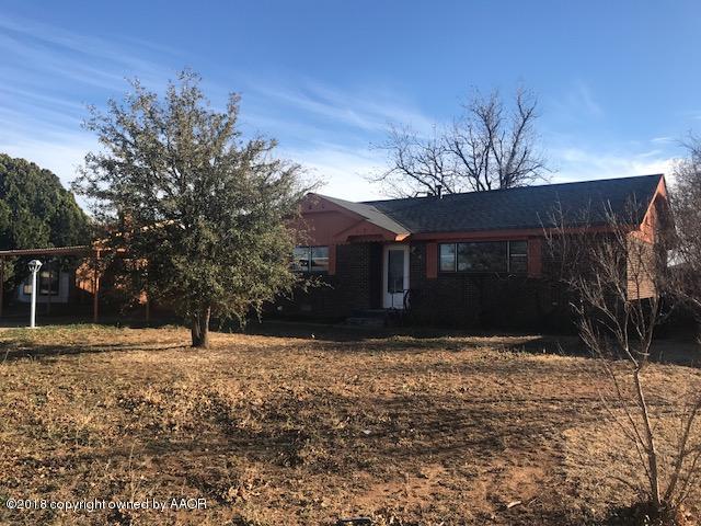 606 Ave J Se, Childress, TX 79201 (#18-113226) :: Gillispie Land Group