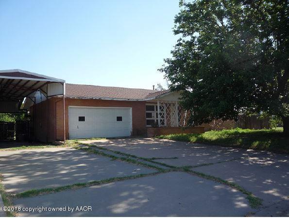 200 Warwick St, Borger, TX 79007 (#18-115470) :: Edge Realty