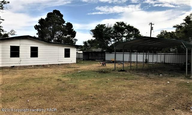 501 S Horn St, White Deer, TX 79097 (#18-115796) :: Lyons Realty
