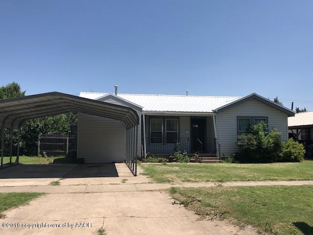 809 Eton S, Perryton, TX 79070 (#18-117029) :: Edge Realty