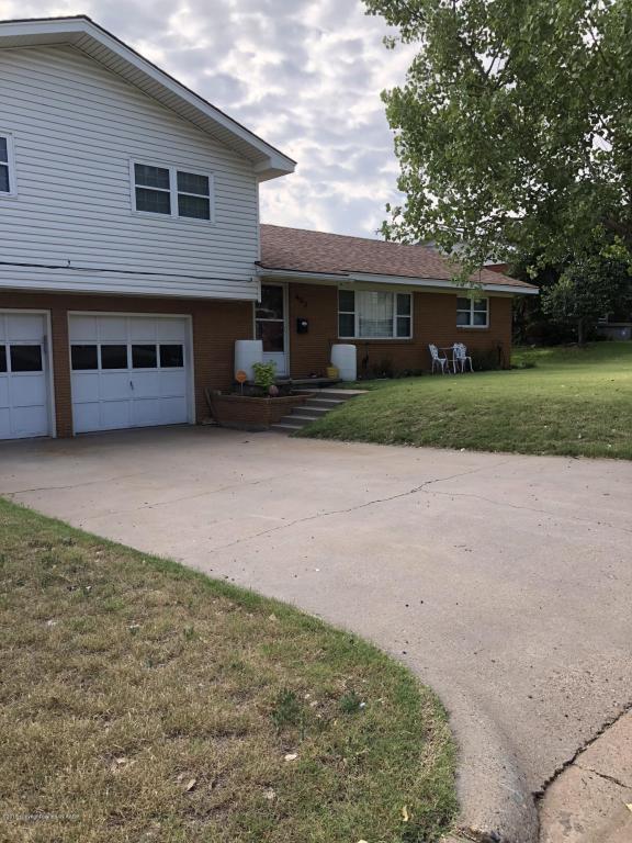 403 Aspen St, Borger, TX 79007 (#18-117105) :: Edge Realty