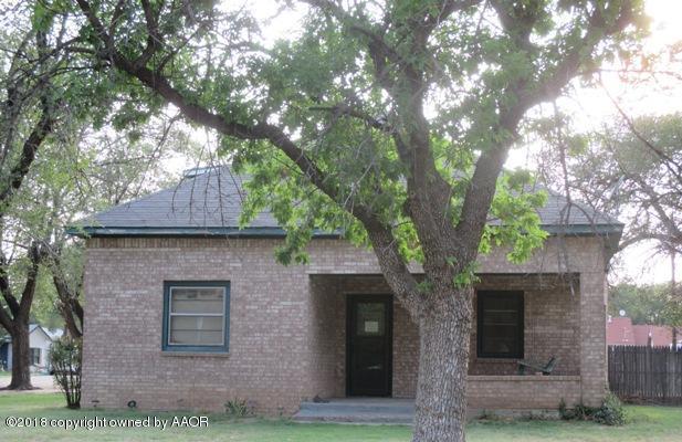 212 Vine Street, Claude, TX 79019 (#18-118008) :: Big Texas Real Estate Group