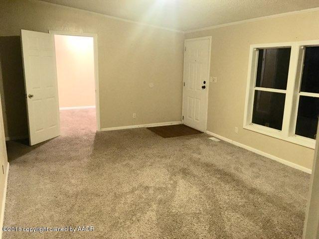 1209 Se 58th Ave, Amarillo, TX 79118 (#18-118576) :: Edge Realty