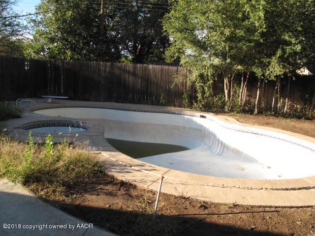 6102 Adirondack Trl, Amarillo, TX 79106 (#18-118660) :: Edge Realty