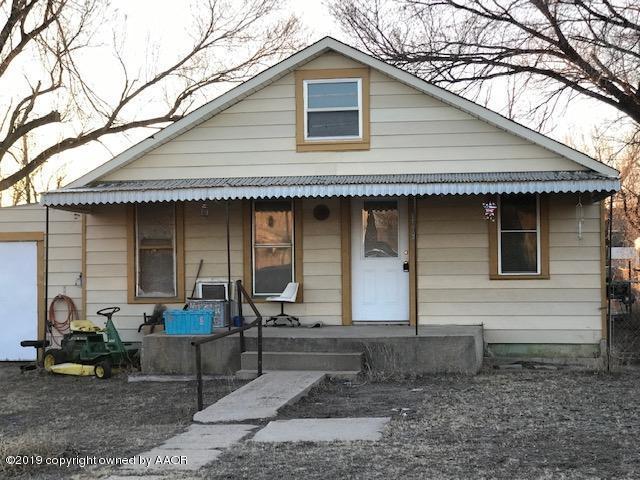 904 King St, Gruver, TX 79040 (#19-1249) :: Elite Real Estate Group