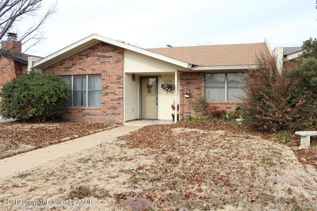3012 Edgemere, Plainview, TX 79072 (#19-1530) :: Edge Realty