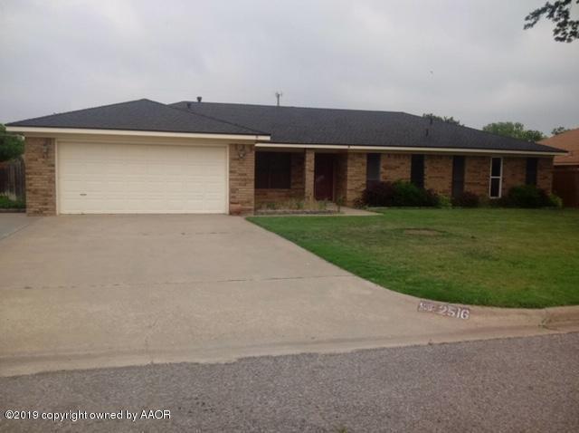 2516 Dogwood, Pampa, TX 79065 (#19-5919) :: Elite Real Estate Group