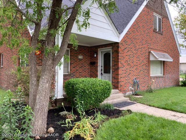 1102 Drake St, Perryton, TX 79070 (#21-3305) :: Meraki Real Estate Group
