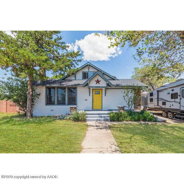 203 Hastings Ave - Photo 1