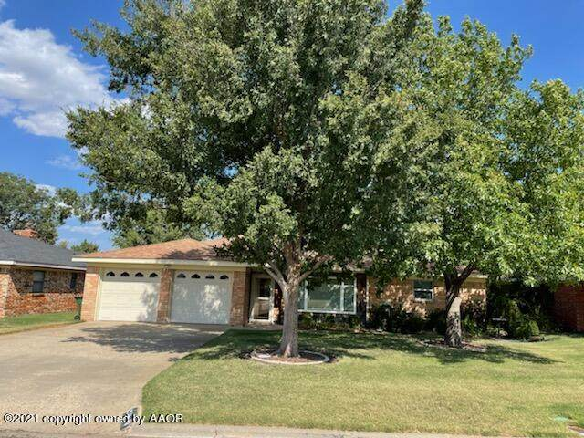 215 Inverness St, Borger, TX 79007 (#21-6063) :: RE/MAX Town and Country
