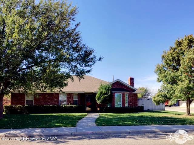6823 Daniel Dr, Amarillo, TX 79109 (#17-110386) :: Elite Real Estate Group