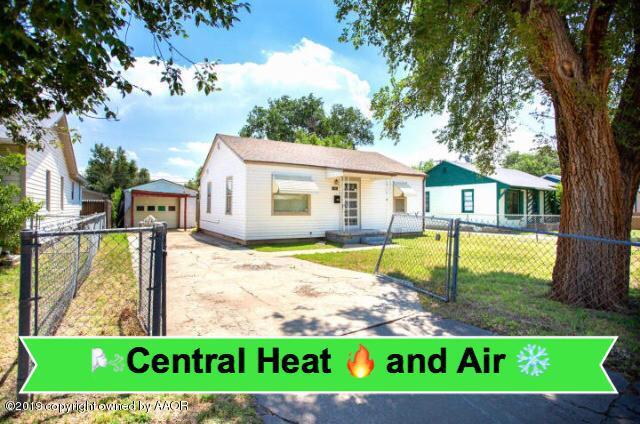 4303 Van Buren St, Amarillo, TX 79110 (#19-5155) :: Lyons Realty