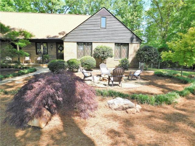 2911 N Bayshore Drive, Seneca, SC 29672 (MLS #20202329) :: Les Walden Real Estate