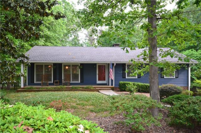 141 Shawnee Trail, Toccoa, GA 30577 (MLS #20202975) :: Tri-County Properties