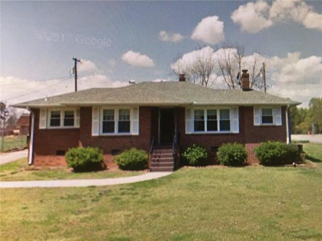 2903 Cambridge Road, Anderson, SC 29625 (MLS #20210937) :: The Powell Group of Keller Williams