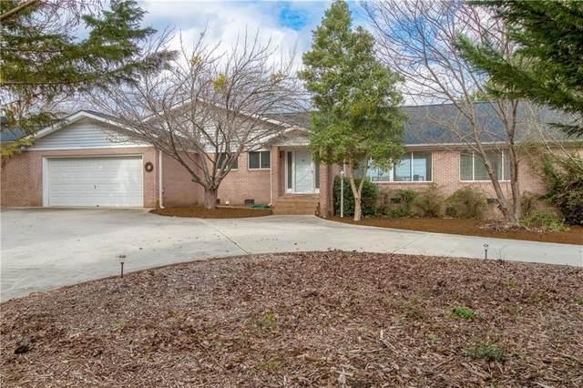 145 Brown Circle, Hartwell, GA 30643 (MLS #20225140) :: Les Walden Real Estate
