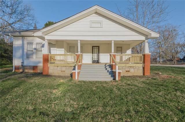 415 S Fairplay Street, Seneca, SC 29678 (MLS #20225627) :: Tri-County Properties at KW Lake Region