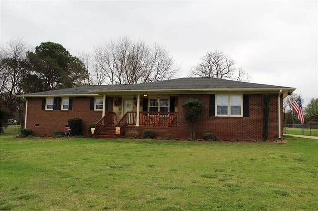 1004 Dickerson Road, Anderson, SC 29626 (MLS #20226527) :: Tri-County Properties at KW Lake Region