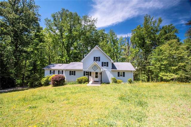 594 Osborne Lane, Hartwell, GA 30643 (MLS #20227714) :: Les Walden Real Estate