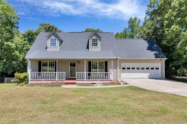 2923 N Bayshore Drive, Seneca, SC 29672 (MLS #20228096) :: Les Walden Real Estate
