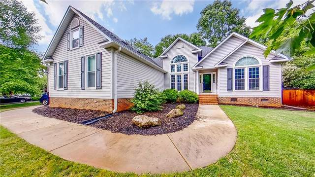 4 Grouse Ridge Way, Greenville, SC 29617 (MLS #20228461) :: The Powell Group