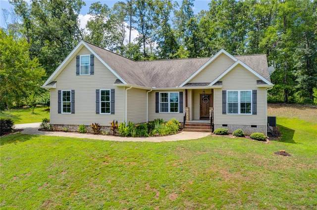 231 Riverbank Court, Seneca, SC 29678 (MLS #20229334) :: The Powell Group