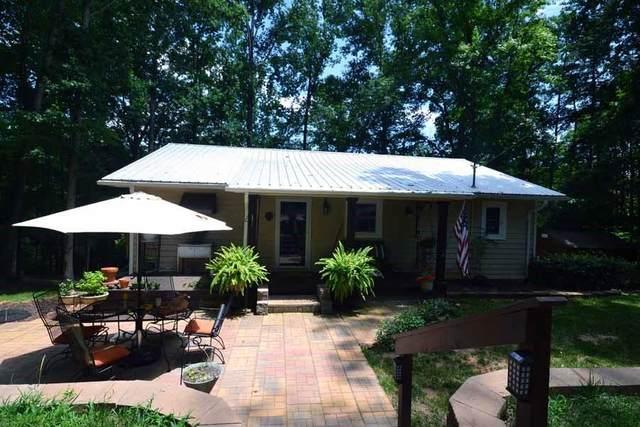 103 Jimmy Parish Drive, Lavonia, GA 30553 (MLS #20229642) :: Les Walden Real Estate