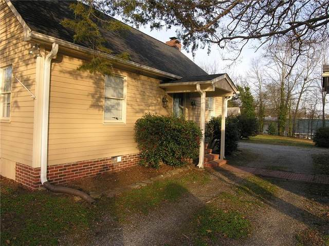 110 N Broad Street, Pendleton, SC 29670 (MLS #20229971) :: The Powell Group